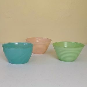 Vtg 50-60s colored glass bowls swirl and lines